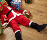 15 Ways to Make Men Merry as they Holiday Shop Online ©