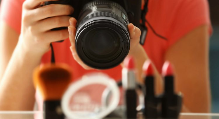 10 DIY Tips to Take Pro Product Photos for Ecommerce