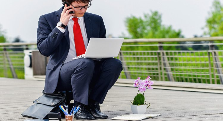 Online Businesses for Unemployed Canadians