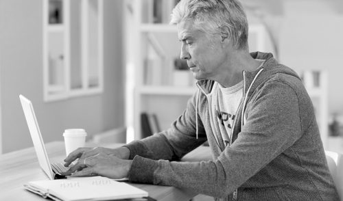 5 Online Home Businesses to Start When You Retire