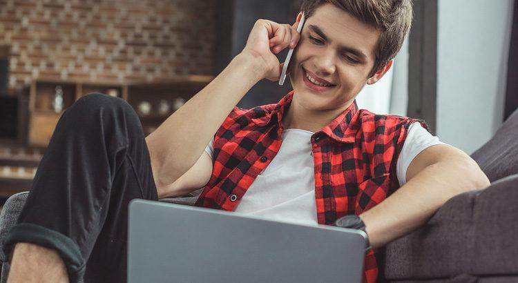 5 Online Side Hustle Ideas for Teens