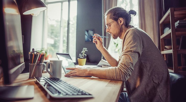 Online Business Basics: Set Up Your Physical and Virtual Workspace