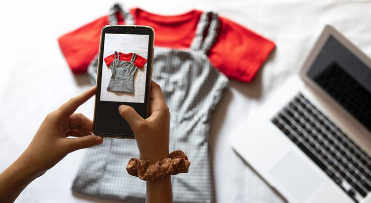 Recommerce Report: Secondhand Fashion Sales Soar Online